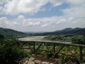 信濃川(関越自動車道越後川口SA下り線)