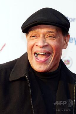米ジャズ歌手アル・ジャロウさん死去、76歳 グラミー3部門受賞(AFPBB News)